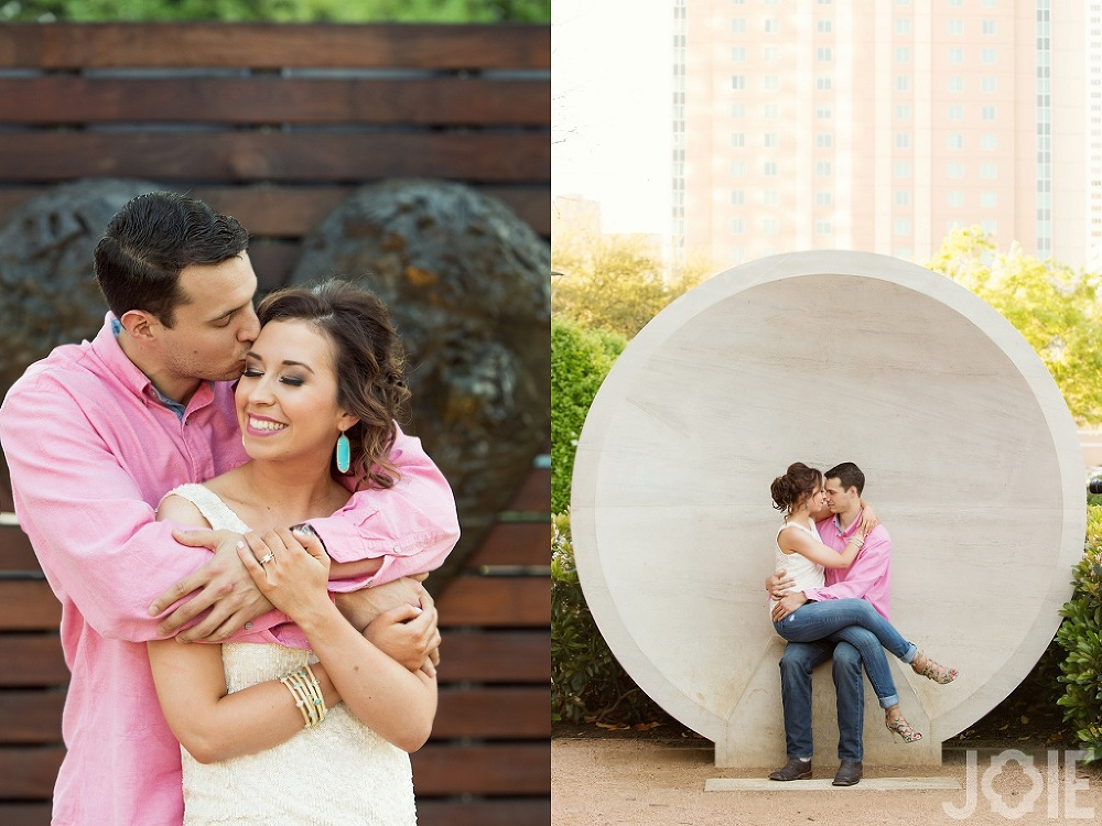 casual downtown houston engagement session at Discovery Green by Joie Photographie